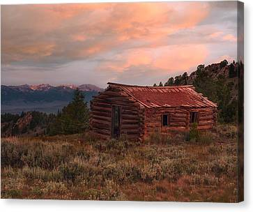Idaho Pioneer Historical Cabin Canvas Print by Leland D Howard