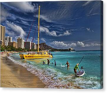 Idyllic Waikiki Beach Canvas Print by David Smith