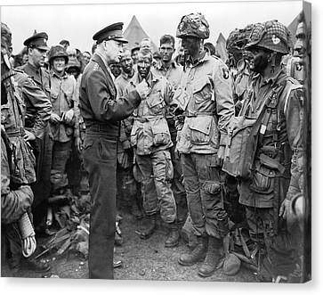 Ike With D-day Paratroopers Canvas Print by Underwood Archives