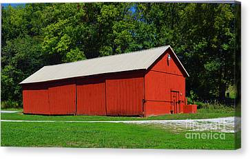 Illinois Red Barn Canvas Print by Luther   Fine Art