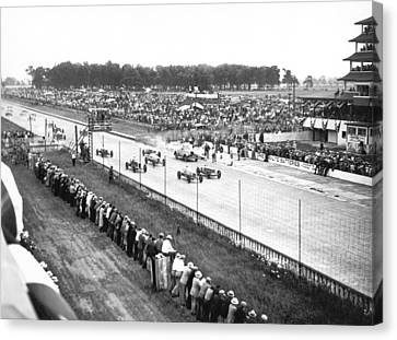 Indy 500 Auto Race Canvas Print by Underwood Archives
