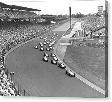Indy 500 Race Start Canvas Print by Underwood Archives