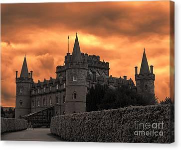 Inveraray Castle Scotland Canvas Print by Juli Scalzi