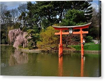 Japanese Garden With Orange Arch Canvas Print by Diane Lent