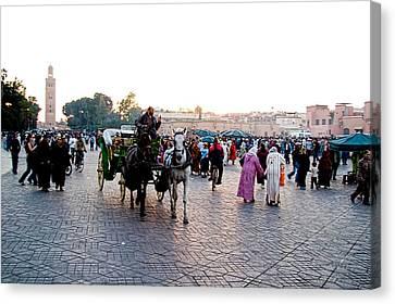 Jemaa El Fna Square In Marrakesh. Morroco Canvas Print by David Smith