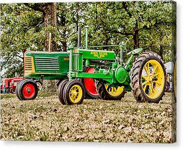 John Deere 1935 General Purpose Tractor With Oliver Row Crop 77 Canvas Print by Jon Woodhams