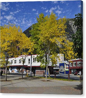 Juneau In The Fall Canvas Print by Cathy Mahnke
