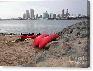 Kayaks On Coronado Island Overlooking The San Diego Skyline 5d24368 Canvas Print by Wingsdomain Art and Photography
