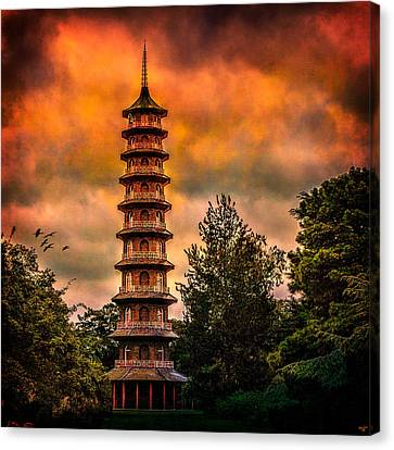 Kew Gardens Pagoda Canvas Print by Chris Lord