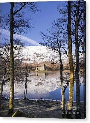 Kilchurn Castle Scotland Canvas Print by Tim Gainey