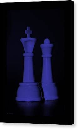 King And Queen In Purple Canvas Print by Rob Hans