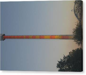 Kings Dominion - Drop Tower - 01132 Canvas Print by DC Photographer