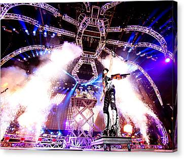 Kiss - 40th Anniversary Tour Live - Stanley Guitar Swing Canvas Print by Epic Rights