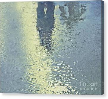 Kissing Couple With Palm Reflection Canvas Print by Cindy Lee Longhini