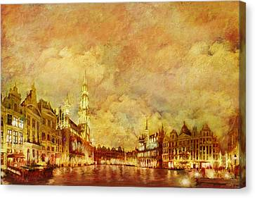 La Grand Place Brussels Canvas Print by Catf