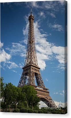 La Tour Eiffel Canvas Print by Inge Johnsson