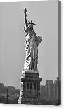 Lady Liberty Black And White Canvas Print by Kristin Elmquist