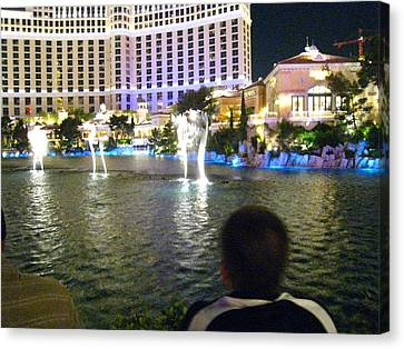 Las Vegas - Bellagio Casino - 121211 Canvas Print by DC Photographer