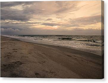 Last Minutes Of The Day Canvas Print by Betsy Knapp