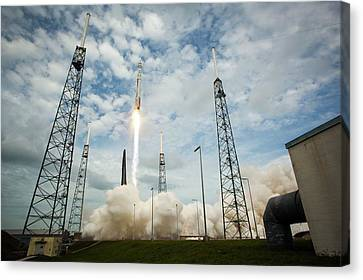 Launch Of Maven Mission To Mars Canvas Print by Nasa/bill Ingalls