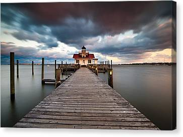 Lighthouse - Outer Banks Nc Manteo Lighthouse Roanoke Marshes Canvas Print by Dave Allen