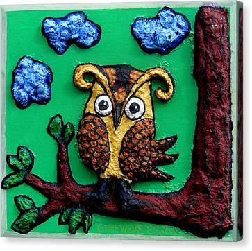 Lint Owl Detail Canvas Print by Genevieve Esson
