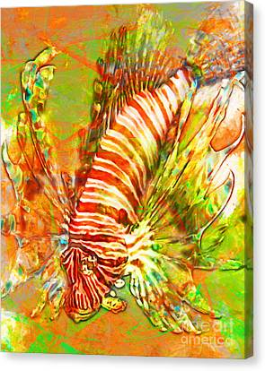 Lionfish In Living Color 5d24143 Canvas Print by Wingsdomain Art and Photography