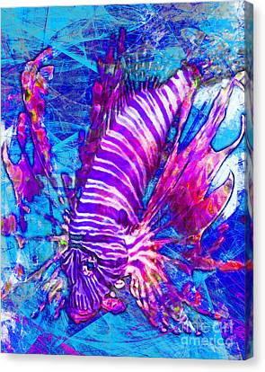 Lionfish In Living Color 5d24143mp168p88 Canvas Print by Wingsdomain Art and Photography