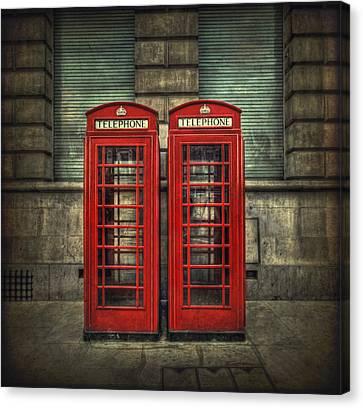 London Calling Canvas Print by Evelina Kremsdorf
