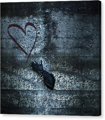 Longing For Love Canvas Print by Joana Kruse