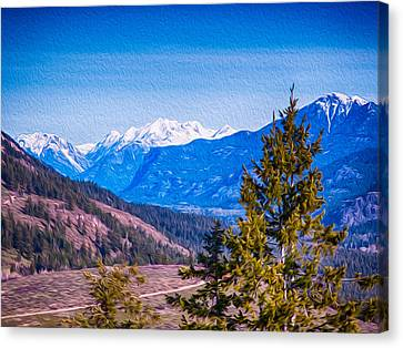 Looking To Mazama From Sun Mountain Canvas Print by Omaste Witkowski
