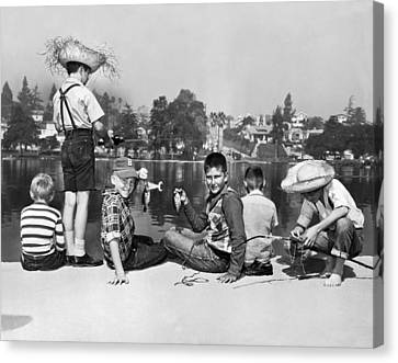 Los Angeles Tom Sawyer Contest Canvas Print by Underwood Archives