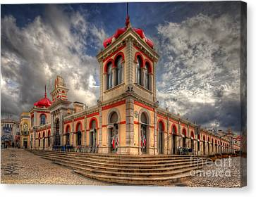 Loule's Market Canvas Print by English Landscapes