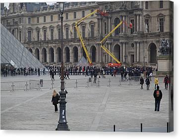 Louvre - Paris France - 01134 Canvas Print by DC Photographer