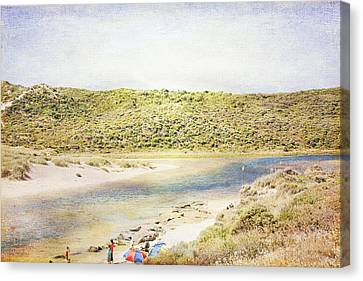 Margaret Rivermouth In Western Australia Canvas Print by Elaine Teague