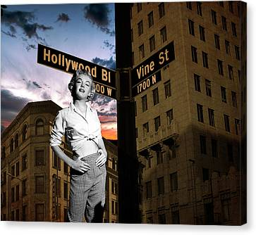 Marilyn Monroe At Hollywood Blvd Canvas Print by Retro Images Archive