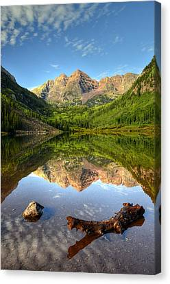 Maroon Bells And Maroon Lake Canvas Print by Ken Smith
