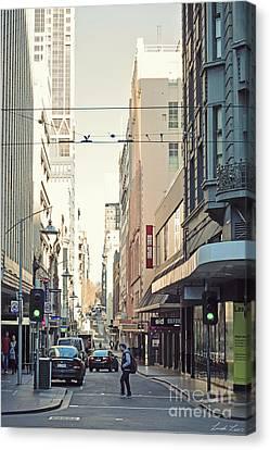 Marvellous Melbourne 2 Canvas Print by Linda Lees