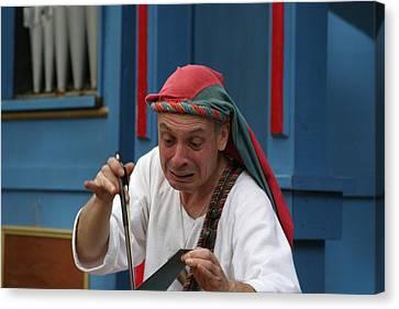 Maryland Renaissance Festival - A Fool Named O - 121257 Canvas Print by DC Photographer