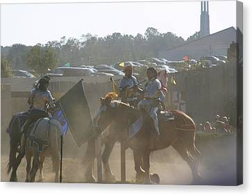 Maryland Renaissance Festival - Jousting And Sword Fighting - 1212140 Canvas Print by DC Photographer