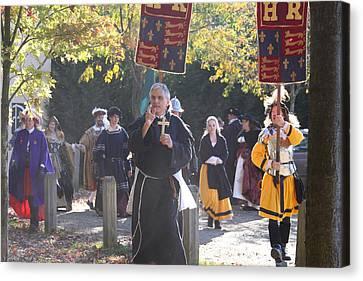 Maryland Renaissance Festival - Kings Entrance - 12121 Canvas Print by DC Photographer