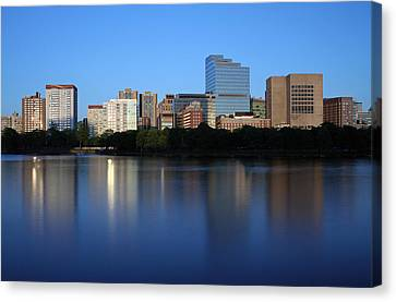 Mass Eye And Ear Infirmary With Boston West End Canvas Print by Juergen Roth