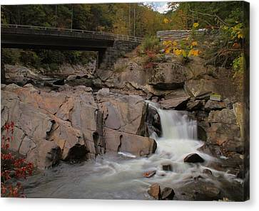 Meigs Falls In Autumn Canvas Print by Dan Sproul