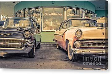 Mel's Drive-in Canvas Print by Edward Fielding