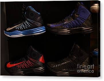Men's Sports Shoes - 5d20654 Canvas Print by Wingsdomain Art and Photography