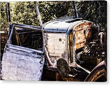 Metal And Rust Canvas Print by Joseph S Giacalone