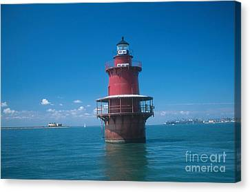 Middle Ground Lighthouse, Va Canvas Print by Bruce Roberts