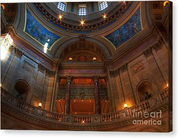 Minnesota State Capital Balcony Canvas Print by Wayne Moran