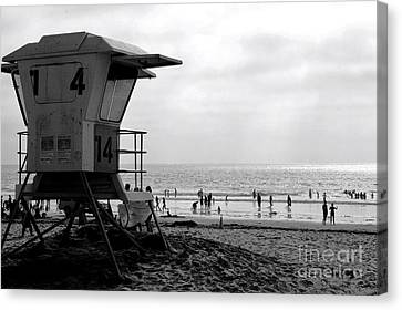 Mission Beach San Diego Canvas Print by David Gardener