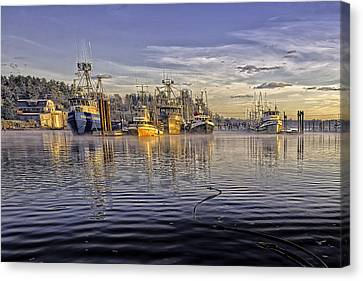 Misty Morning At The Docks Canvas Print by Evan Spellman